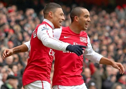 Chamberlain and Walcott for Arsenal