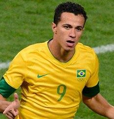 Will Spurs Finally Sign the Brazilian International?