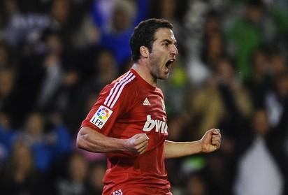 Gonazlo Higuain Madrid Red Shirt