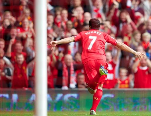 Liverpool Luis Suarez Magician