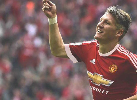 Schweinsteiger Man United Kit